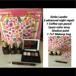 NEW ESTÉE LAUDER set shown.. See description below